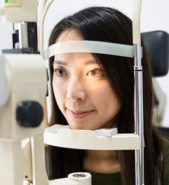 La Jolla resident going through the LASIK eye surgery process with Dr.